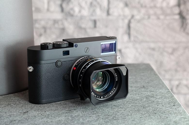 تصویر از لایکا از نسخه مونوکروم دوربین M10 رونمایی کرد
