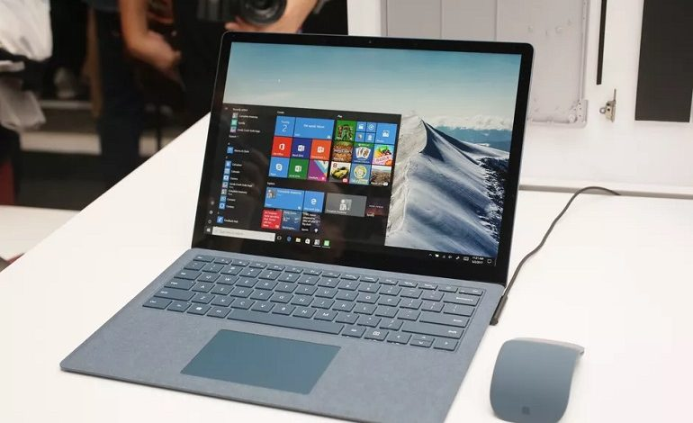 microsoft surface laptop windows 10 770x470 - نحوه یافتن و بازکردن فایل ها با استفاده از CMD ویندوز 10