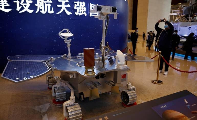 chinas tianwen 1 mission has successfully landed on mars - مریخ نورد چین با موفقیت روی سطح مریخ فرود آمد
