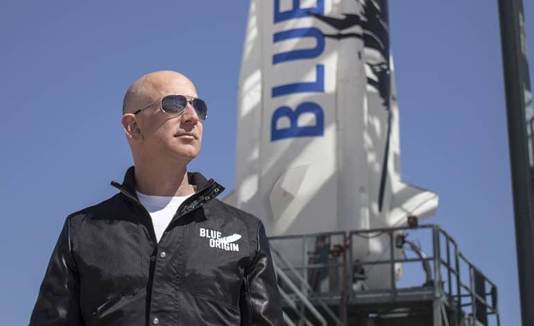 Blue Origin Jeff Bezos Pad.0.0 - جف بزوس و برادرش با اولین پرواز توریستی بلو اوریجین به فضا می روند