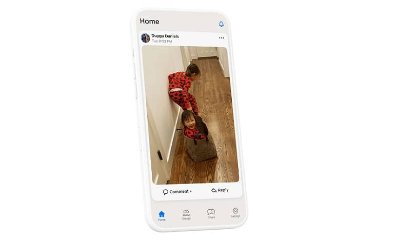 mockup phone.0 - ساخت اپلیکیشن بدون تبلیغات HalloApp توسط دو کارمند واتس اپ