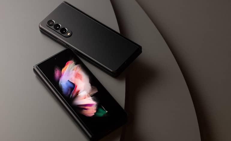 Samsung Galaxy Z Fold3 introduced 2 - گلکسی زد فولد 3 معرفی شد؛ پشتیبانی از S Pen و دوربین زیرنمایشگر