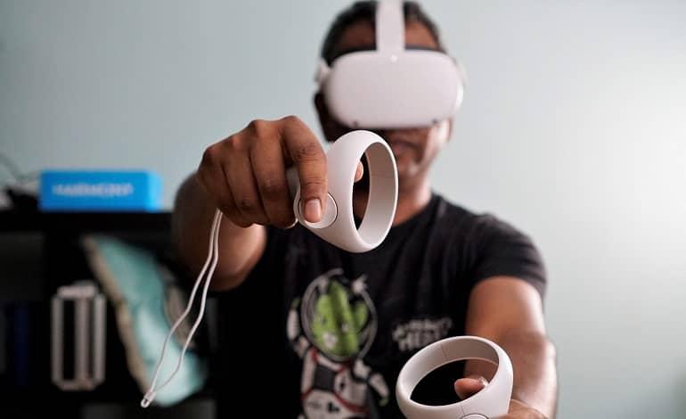 oculus quest update media mobile - آپدیت جدید Oculus؛ امکان همگام سازی خودکار محتوای VR با موبایل