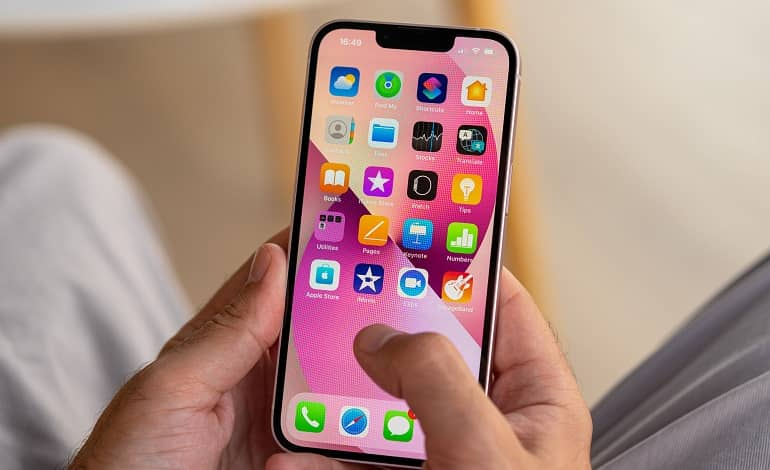 Apple iPhone 13 review 12 - بررسی اپل آیفون 13