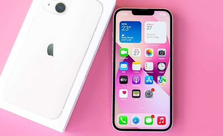 Apple iPhone 13 review - اپل iOS 15.0.2 و watchOS 8.0.1 را منتشر کرد
