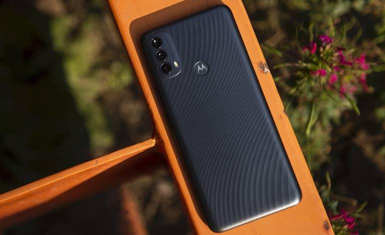 Motorola Moto E40 debuts - موتورولا موتو E40 با نمایشگر 90 هرتز معرفی شد